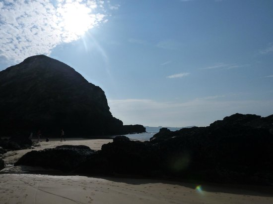 Porth Cove: whipsyderry beach