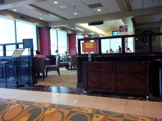 Radisson Hotel Nashville Airport: breakfast area
