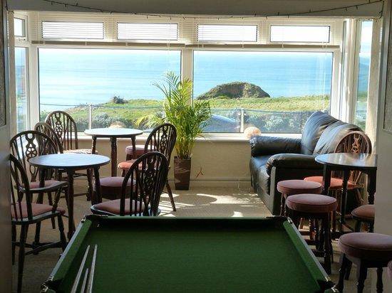 Porth Cove: bar