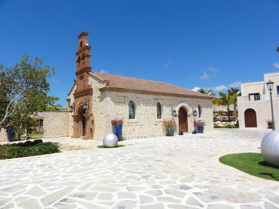 Alsol Luxury Village: Catholic Church