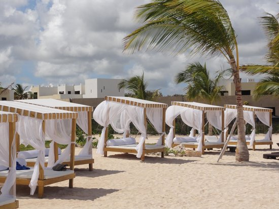 Alsol Luxury Village Cabanas At The Private Beach