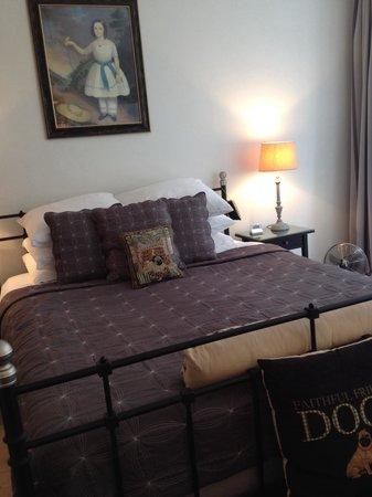 Boogaard's Bed and Breakfast : Pug Room