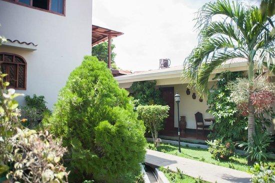 Casa Santiago: Inside Garden