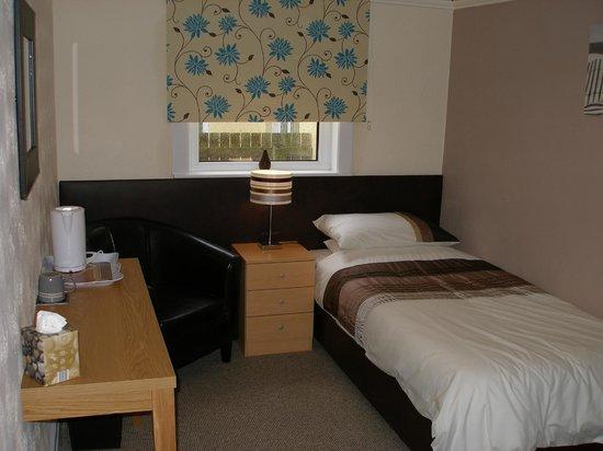 Porth Cove: single room