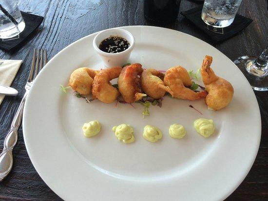 Gouverneur de Rouville : Tempura shrimps starter