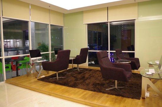 Fraser Place Kuala Lumpur : Ordinateurs en libre service