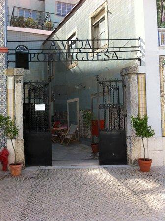 A Vida Portuguesa: Go in and buy