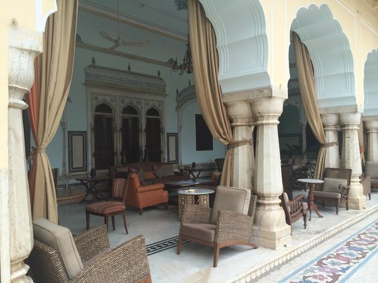 Samode Haveli : Courtyard Lounge