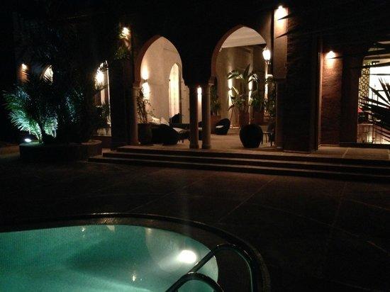 Residence Dar Lamia: Night - Dar Lamia