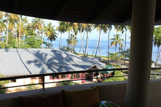 Hotel Alisei : View to the BARAONDA Restaurant and Beach