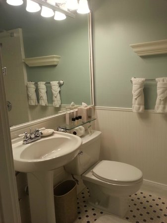Grande Colonial La Jolla: Bathroom