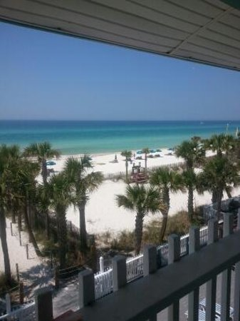 The Sandpiper Beacon Beach Resort : best view ever