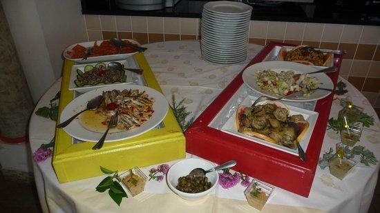 Hotel La Lagune: Buffet entrées