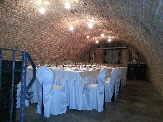 Castello Bevilacqua: saletta