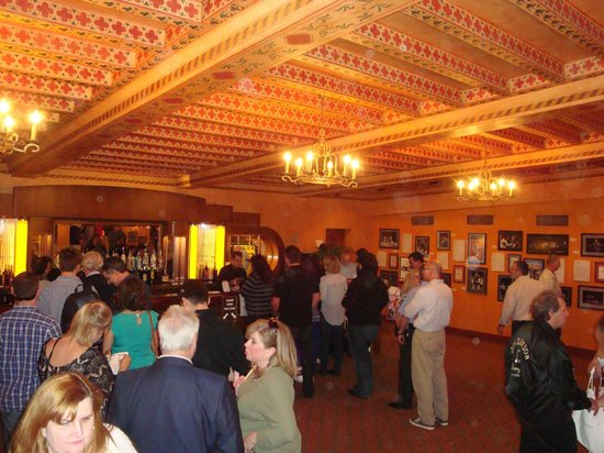 Jersey Boys : Bar area before the show!