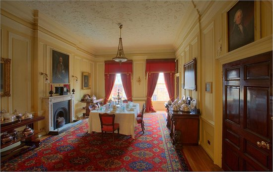 Mansion House: The dining room