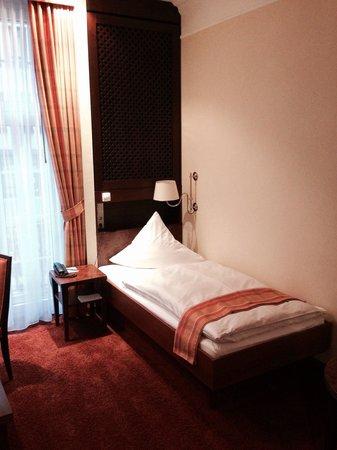 Kastens Hotel Luisenhof: Kleines Einzelzimmer