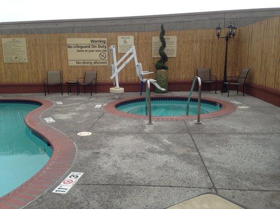 Hampton Inn & Suites Los Angeles Burbank Airport: Spa
