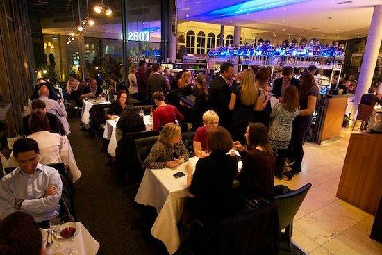 Roast : The bar at night