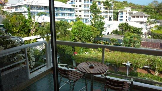 Kantary Bay, Phuket : Balcon et vue jardins