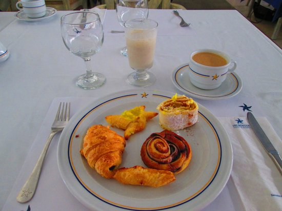 Iberostar Dominicana Hotel: Excellent pastries and coffee