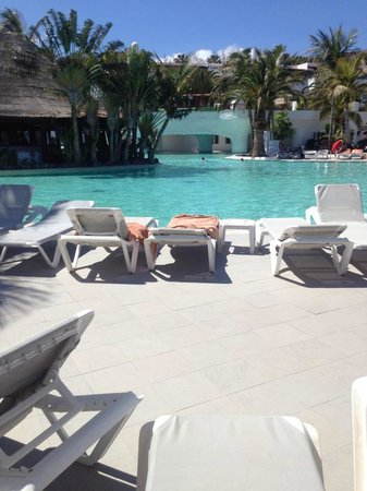 Club Jandia Princess Hotel : Loungers area