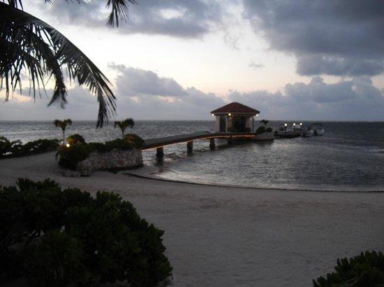 Coco Beach Resort: The Dock