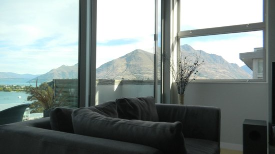 Swiss-Belsuites Pounamu Queenstown : Just one of the views from the living room