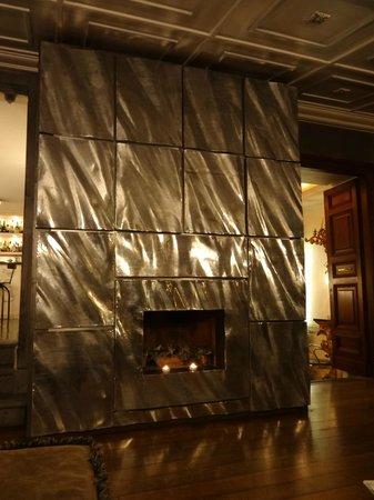 Hotel San Anselmo: Kamin