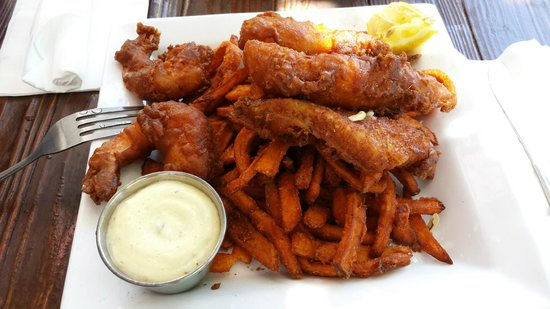 Public House La Jolla: Fish n Chips with Sweet Potato Fries