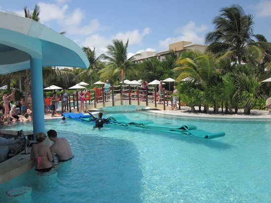 Now Jade Riviera Cancun : Pool