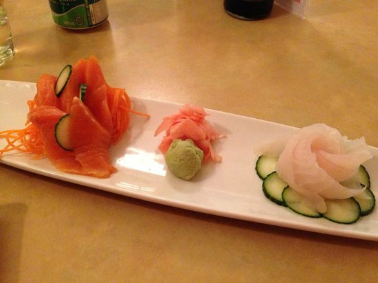 Sushi Cafe: Arctic Char sashimi (on the left)