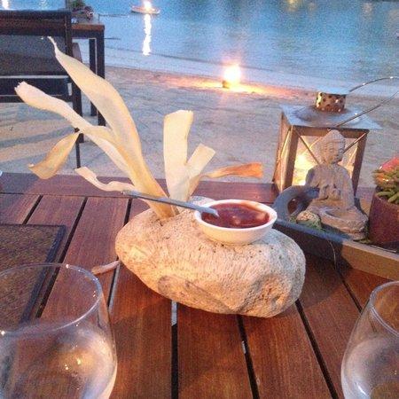 Baoase Luxury Resort: Dinner on the beach