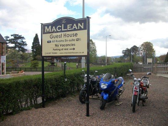 MacLean Guest House: .