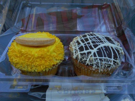 Crumbs : Lemon Shortbread and Boston Cream Pie Cupcakes