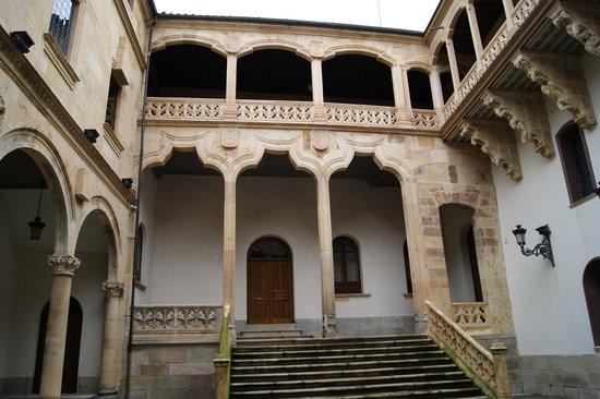 Salina's Palace