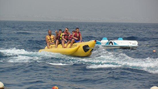 Renaissance Sharm El Sheikh Golden View Beach Resort: banana boat