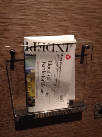 Grange Tower Bridge Hotel: Each morning newspaper free for us!
