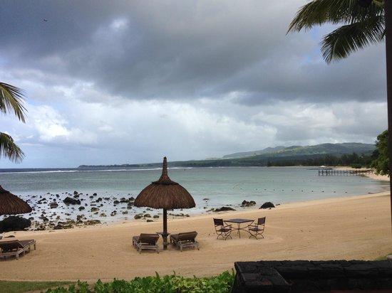 Shanti Maurice A Nira Resort: Praia do hotel