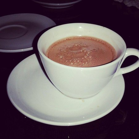 Parrotel Beach Resort : Hot chocolate at the reception