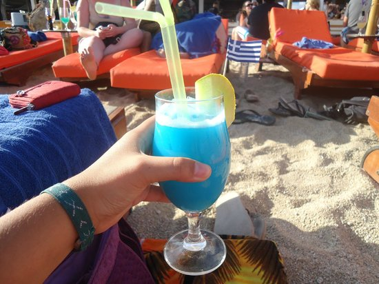 Paradise Beach: A Blue Hawiian