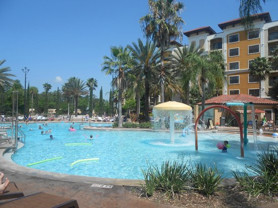 Floridays Resort : The hotel pool