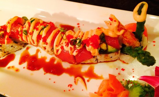 Bangkok Cuisine: Red Dragon Roll