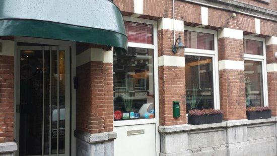 Nicolaas Witsen Hotel: Hotel Entrance