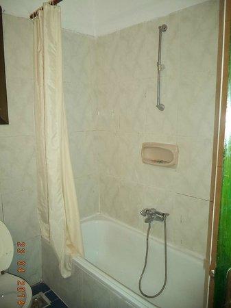 El Samaka Comfort Hotel: doccia