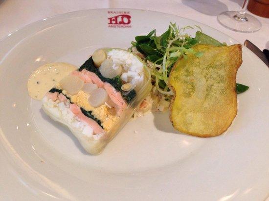 Brasserie FLO Amsterdam : Terrine van zalm met asperges