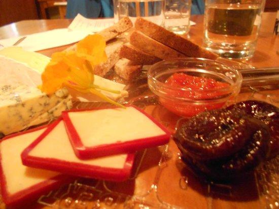 Church Hill Restaurant: Dessert - cheeseboard