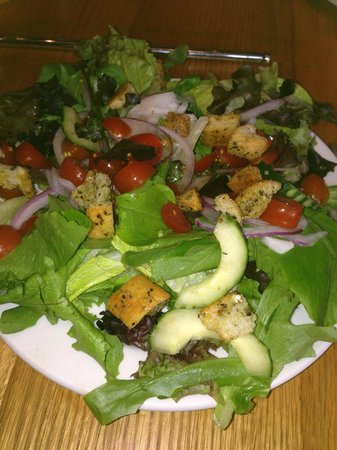 Pies and Pints: simple salad - so fresh and enough for 2