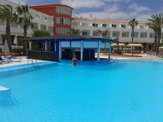 Globales Costa Tropical: piscina...