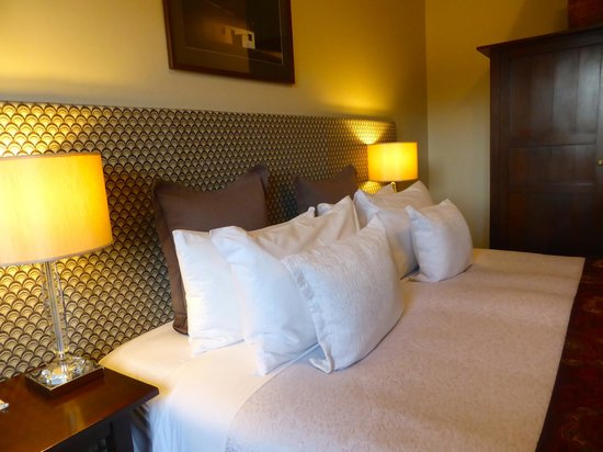 The Dairy Private Hotel: Comfortable bed